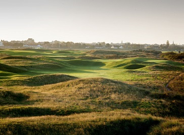 Royal Cinque Ports Golf Club in Canterbury